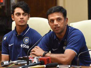 विश्व कप के लिए बांग्लादेश रवाना होने से पूर्व प्रेस कांफ्रेंस के दौरान