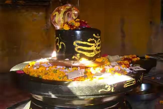 Brahmeshwar-Nath-temple-Buxer
