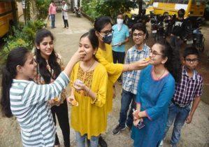 बिहार में बेटियां रही आगे, 99.2 अंक लाकर राजश्री बनी स्टेट टॉपर