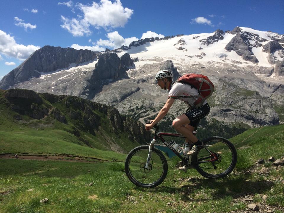 På hardtail i Alpene