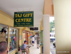 Taj Mahal duty-free shopping center