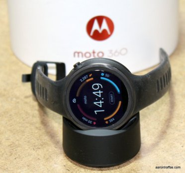 Moto 360 Sport on charger