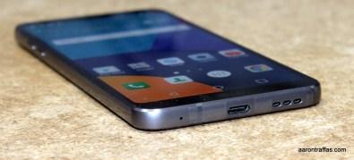 LG G6 has USB Type-C port next to speaker on bottom