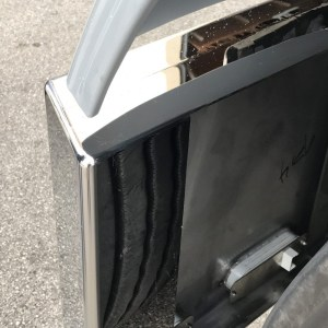 """Bumper 20"""" with 9 LED 3 Line, Tire Protection Included - For Peterbilt 370 Serie & 380 Serie - Kenworth W900 - Freightliner Classic  Part#: 000002.1.1.2631.30 $1,295"""