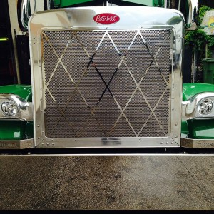 Grill Big Diamond  SS for Peterbilt 379  Part#: 010103.1.0.30  $445