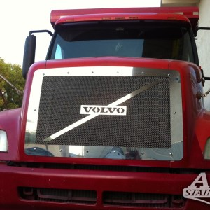 Grill Mesh & Logo SS For Volvo VNL  Part#: 050103.1.0.15$545