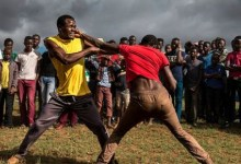 Photo of Confusion as men fight in public over a widowed woman