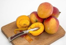 Photo of 3 reasons why you should eat a mango daily