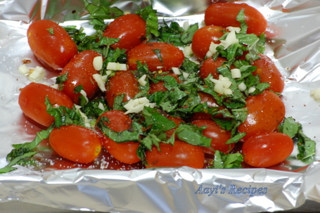 roasted cherry tomatoes sauce1.jpg