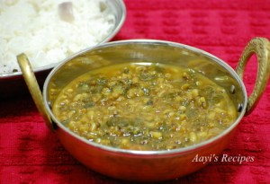 Moth Beans-Spinach Gravy (Matki – Palak Amti)