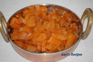 Spicy Garlicky Radish (Mulangi TaLasani)