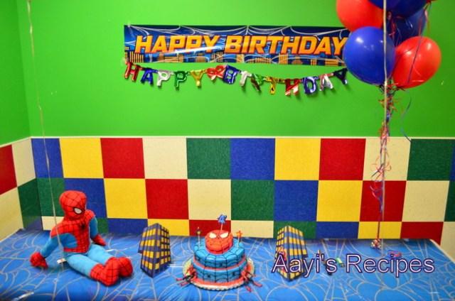 spiderman cake3