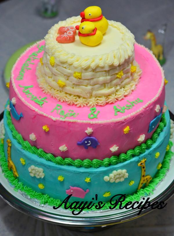 animal themed baby shower cake2