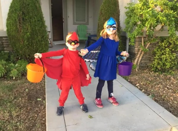 Jeff Tell's children as a Blue Jay and a Northern Cardinal