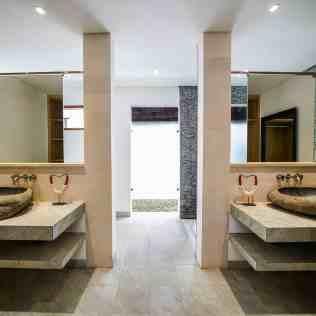 Villa Nyoman Bedroom 3 Bathroom