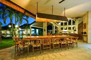 Villa Iluh Dining Area at Night