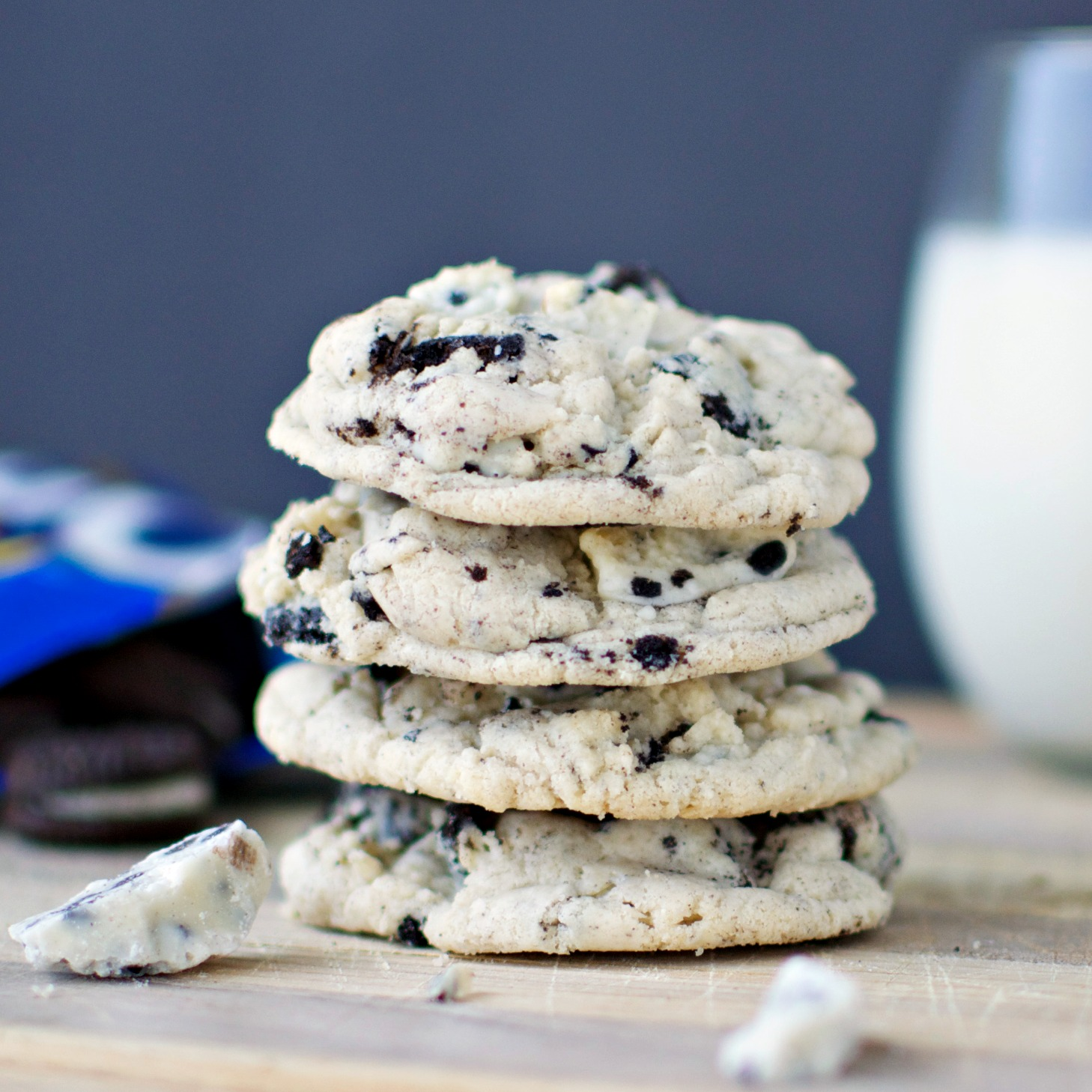 Cookies n' Creme Pudding Cookies - A baJillian Recipes