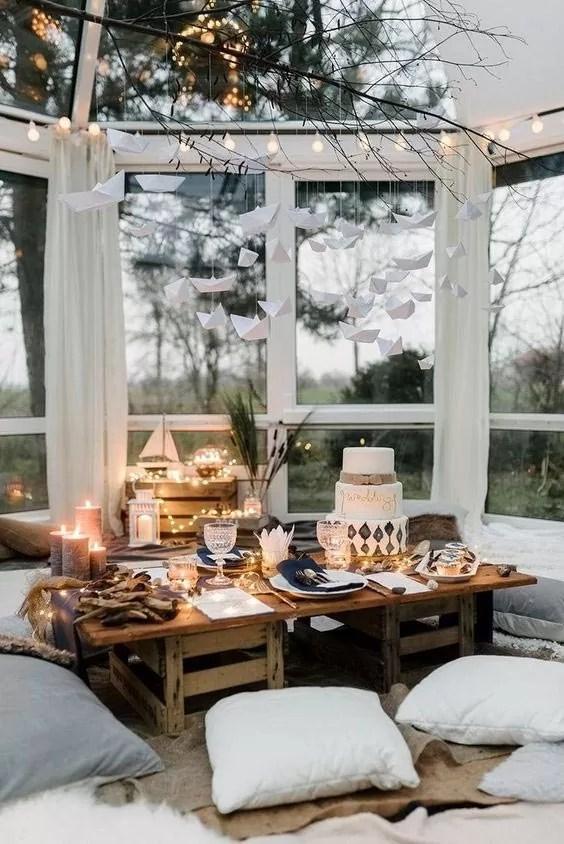 kącik a parapecie, jesienny dekor, ciepłe dekoracje