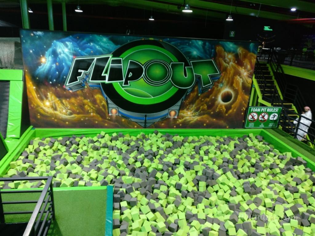 FlipOut Dubai styro pool