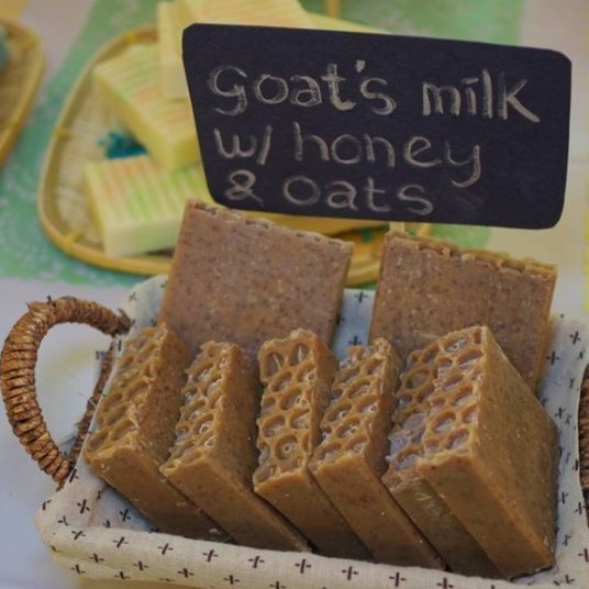 Goat's Milk with Honey and Oats