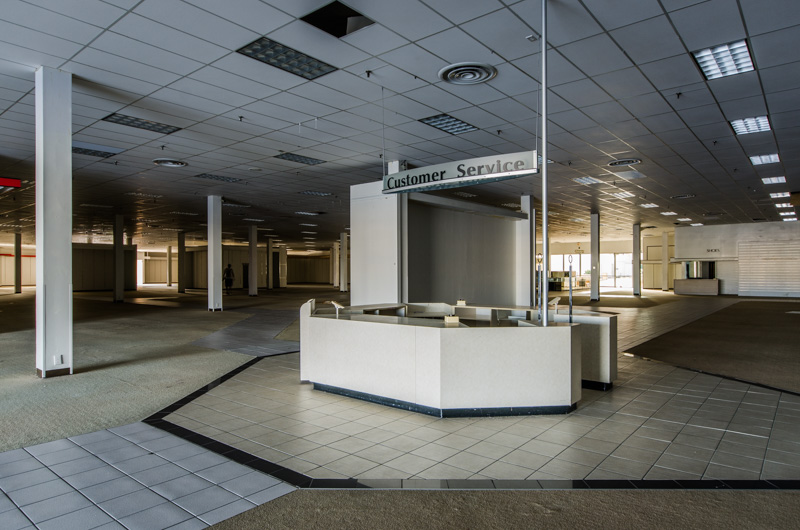 Miracle City Mall | Photo © 2014 Bullet, www.abandonedfl.com