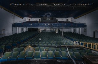 Coconut Grove Playhouse | Photo © 2013 Bullet, www.abandonedfl.com