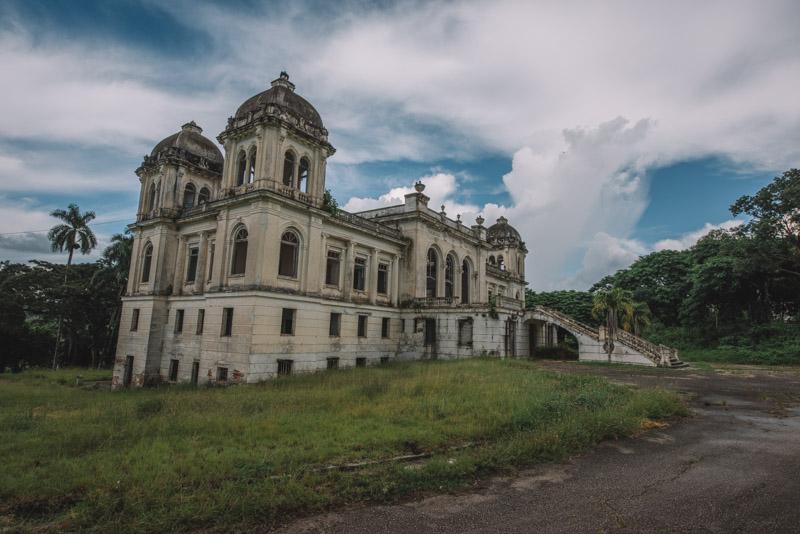 Balneario San Miguel de los Baños | Photo © 2018 Bullet, www.abandonedfl.com