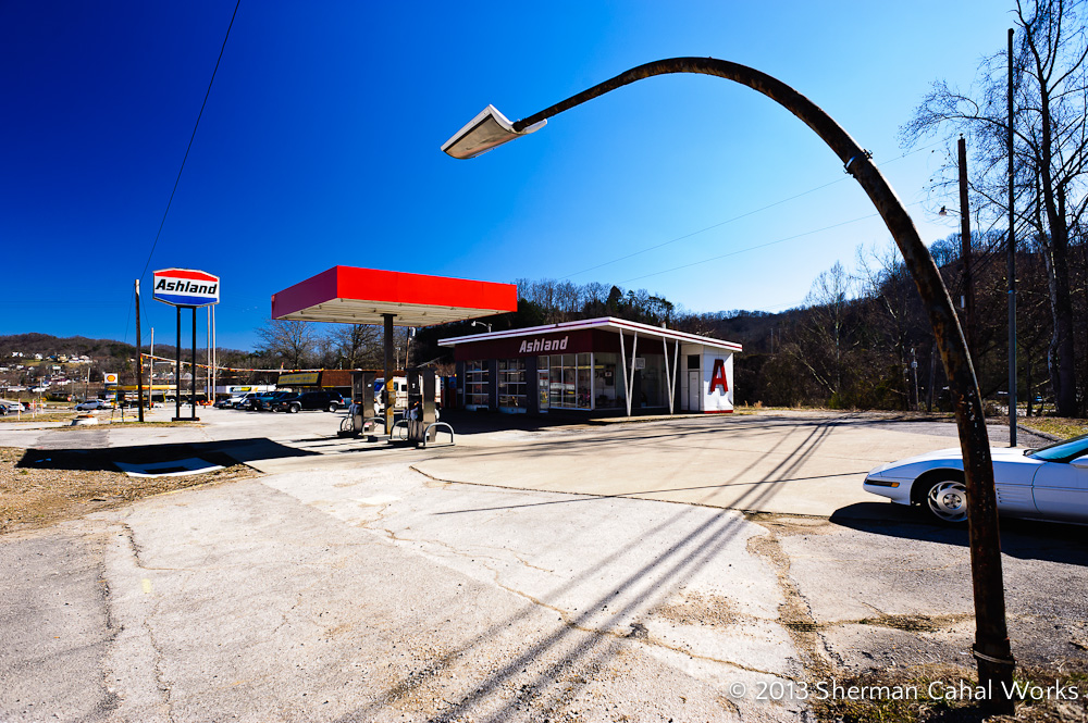 Ashland Gasoline Station, Jackson, Kentucky