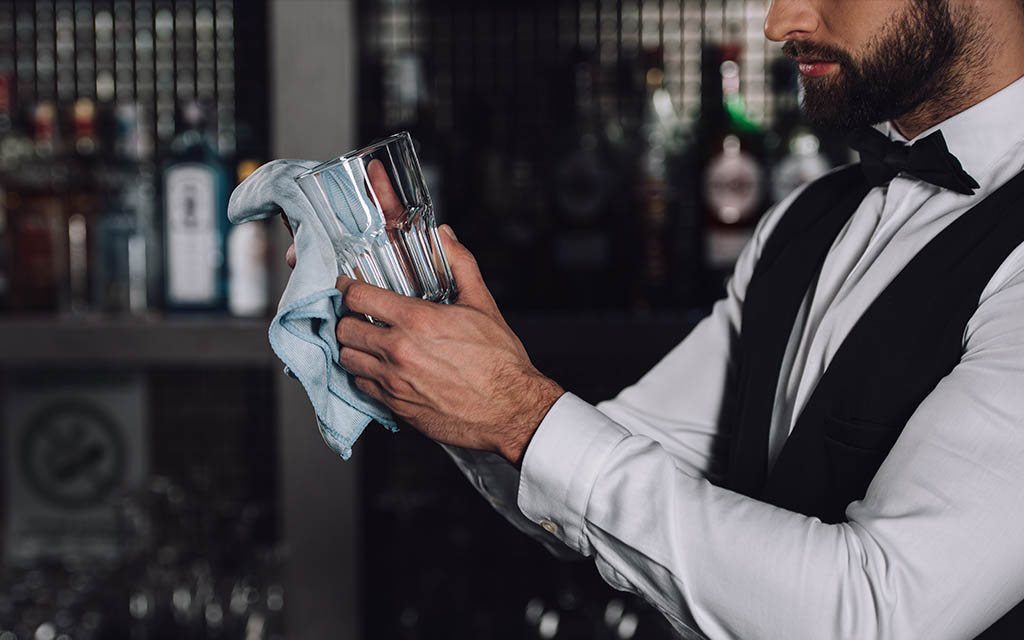 Streamlining & Simplying Bar Cleaning and Maintenance (and Saving your Sanity!) Bar Cleaning & Maintenance: Streamlining & Simplifying your Bar Bar Cleaning & Maintenance: Tips & Tricks for Saving your Sanity