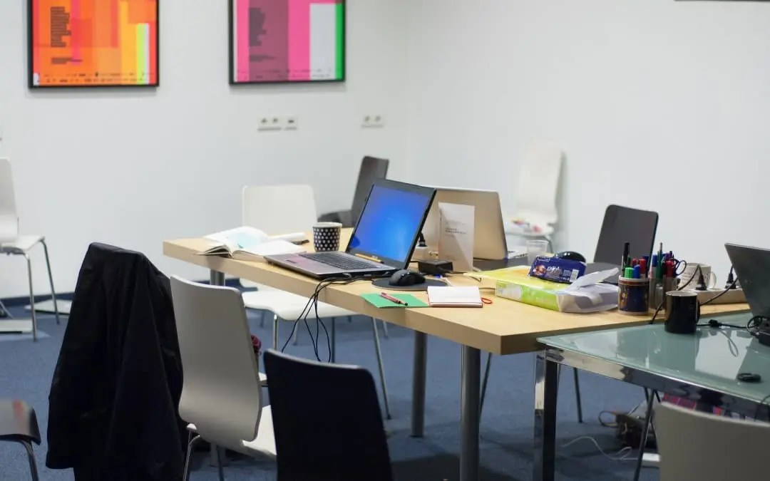 4 Office Tidying Hacks for Tackling Messy Employees