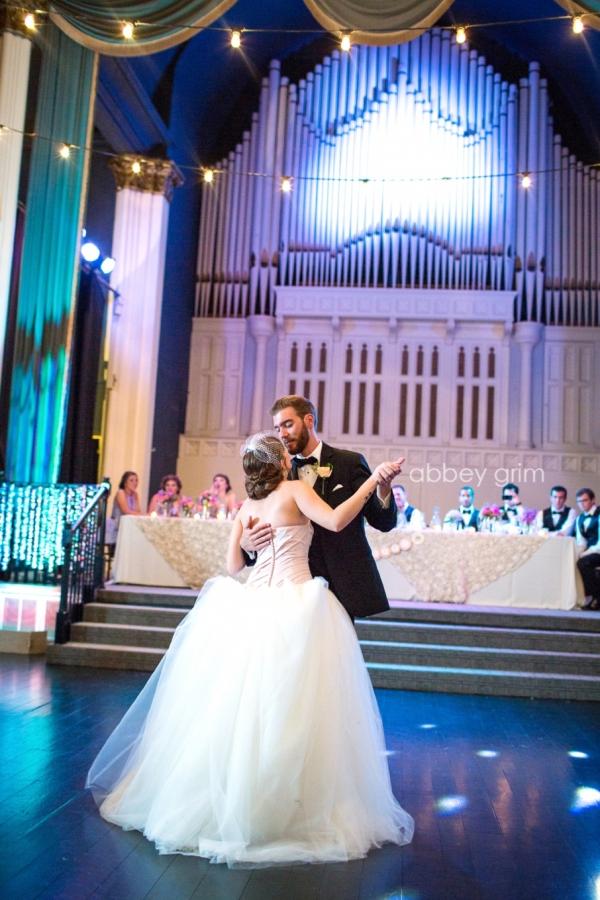 Rob  Sarah Wedding Photographer Valparaiso Indiana
