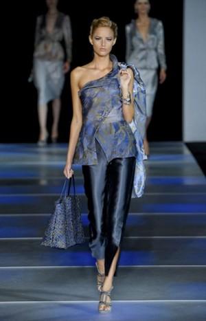 Armani donna Collezioni Primavera Estate 2012  Magazine Donna  Abbigliamentoit