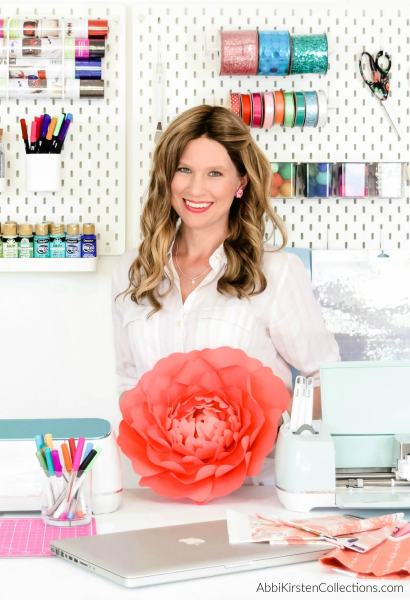 How to make paper flowers with a cricut machine.