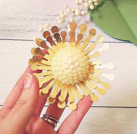 DIY jewel centers for giant paper flowers