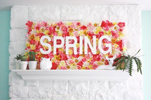 Spring Wallflowers Sign (click through for tutorial) abeautifulmess.com