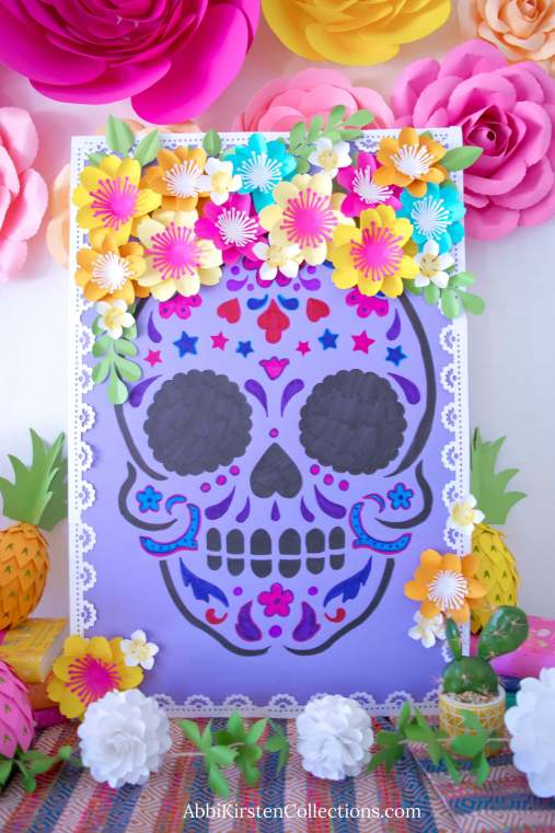 Day of the Dead Sugar Skull Craft: Sugar Skull Decoration Craft. DIY Day of the Dead craft projects.