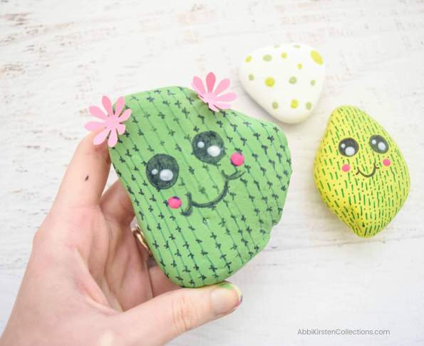Easy Rock Painting Ideas: DIY Cactus Rock Painting Tutorial. Learn how to easily get started with rock painting. Paint your own cactus rocks.