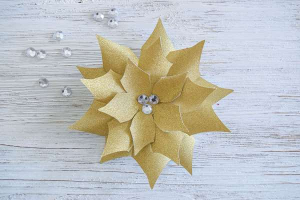 DIY Small Paper Poinsettia Flower Tutorial