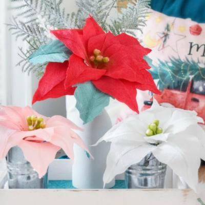 Crepe Paper Poinsettia Tutorial: Free Poinsettia Flower Template