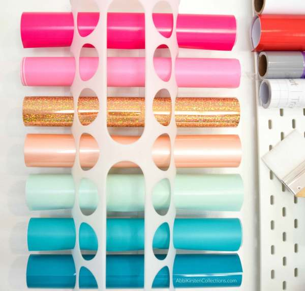 The best 28 Cricut and Design Space Hacks that every beginner should know. These Cricut hacks will keep you organized and help you in Design Space!