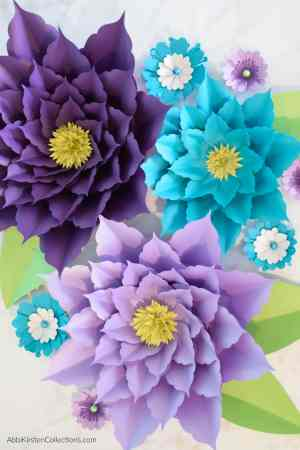 Extra large paper flower tutorial.
