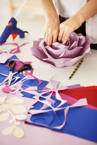 How to make paper roses with Cricut.