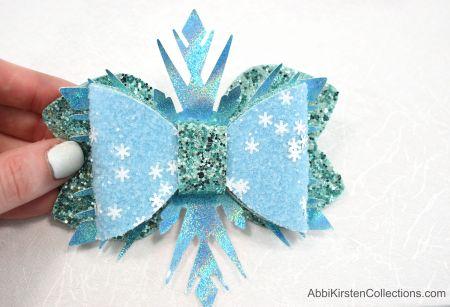 Frozen hair bow template. Free pattern