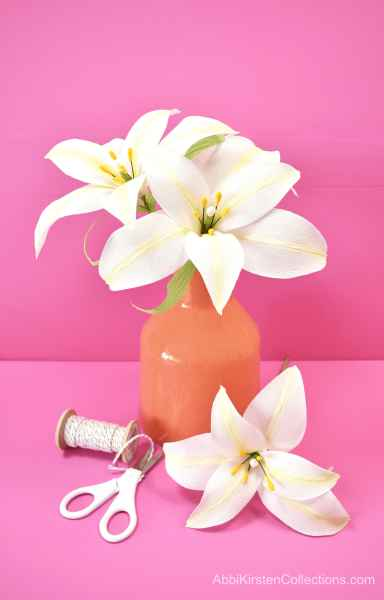 White paper easter lily flower tutorial.