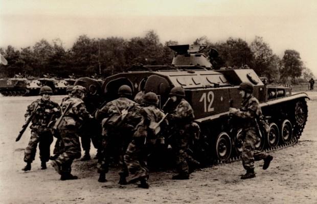 selection-vehicule-de-combat-dinfanterie-blinde-amx-13-9