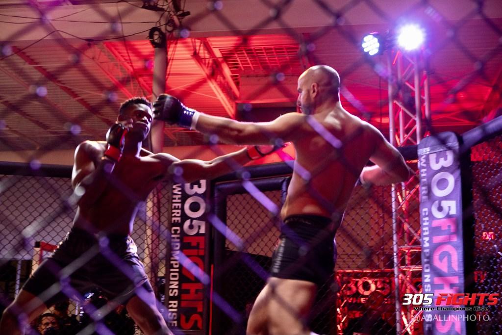 305 FIGHTS 9_26 WM-035