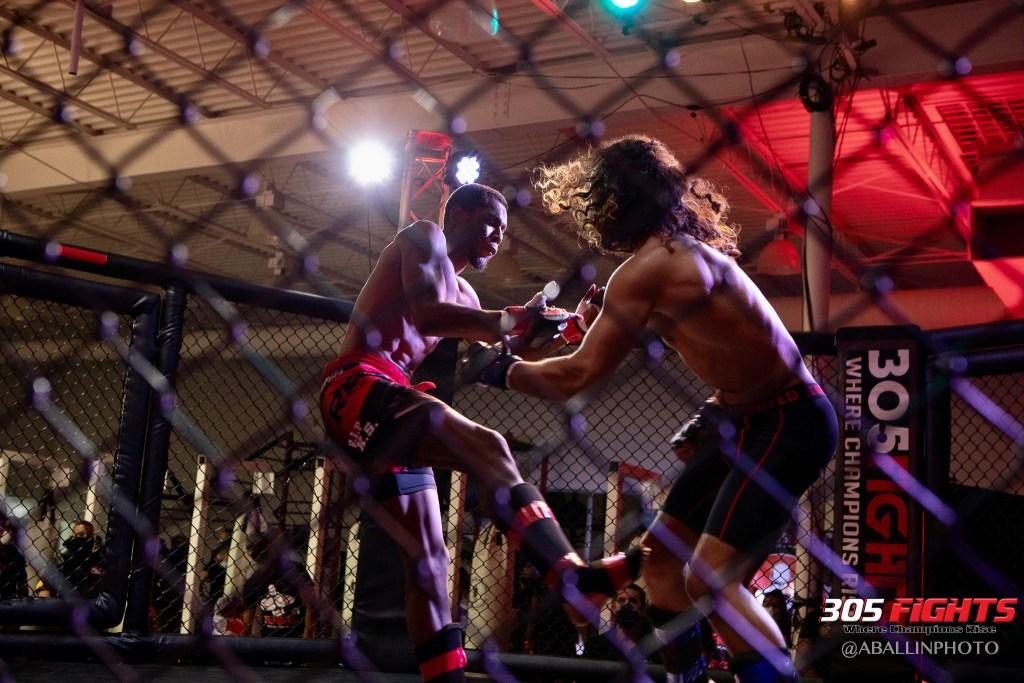 305 FIGHTS 9_26 WM-050