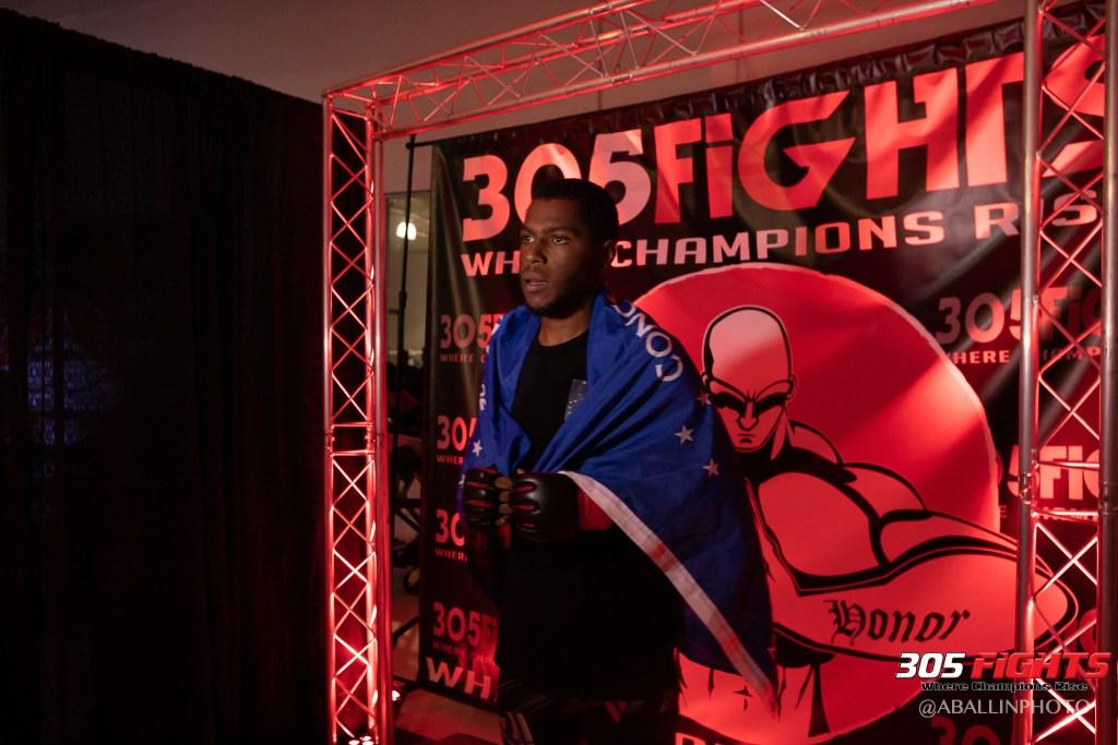 305 FIGHTS 9_26 WM-056