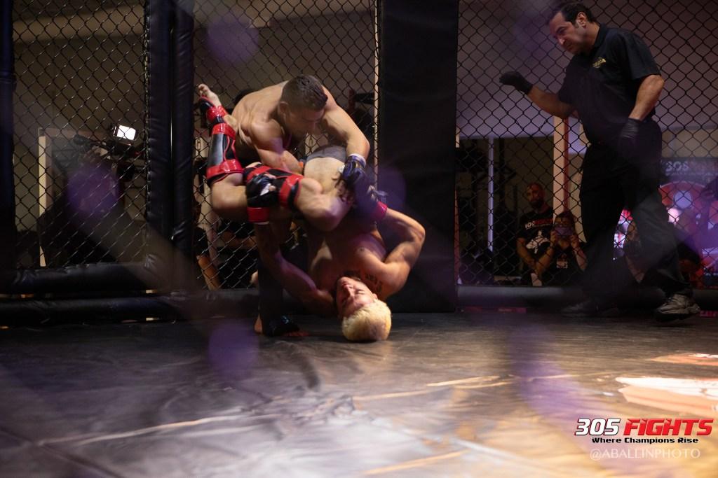 305 FIGHTS 9_26 WM-070