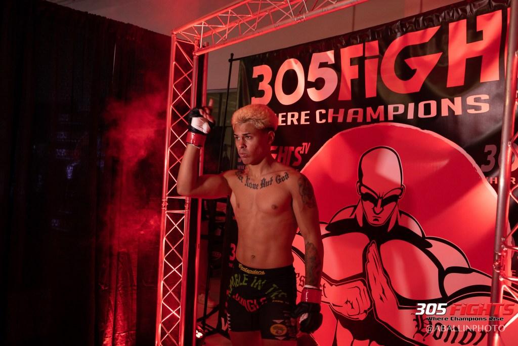 305 FIGHTS 9_26 WM-075